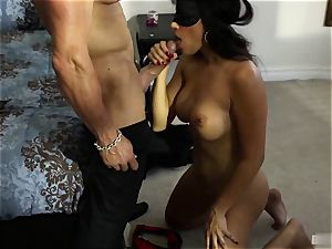 Mercedes Carrera knew she had been a insatiable female. She was waiting for