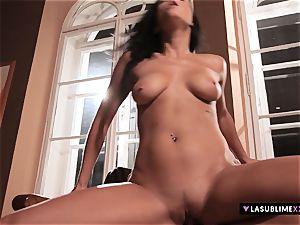 LASUBLIMEXXX Victoria Blaze has an strong romp desire