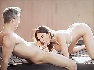 big-chested wonder babe Anissa rails a schlong by the pool