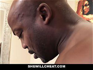 SheWillCheat - cuckold wife pokes big black cock in douche