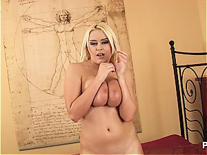 platinum-blonde hoe titjob her milk cans