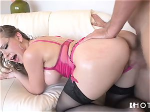 HOTGOLD fabulous Kagney is kinky for prick