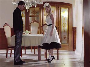PINUP intercourse - nice Czech blond likes sensual bang