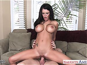 buxomy wifey Peta Jensen riding penis