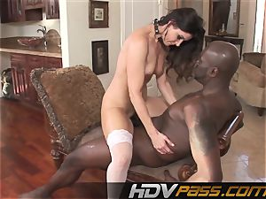 HDVPass interracial intercourse with India Summers