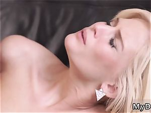 daddy appointment kinky ash-blonde wants to attempt someone little bit more accomplished