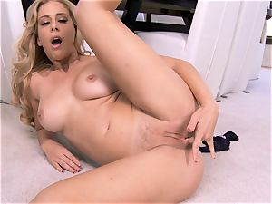 unbelievable cougar Cherie Deville demonstrates exactly what she enjoys