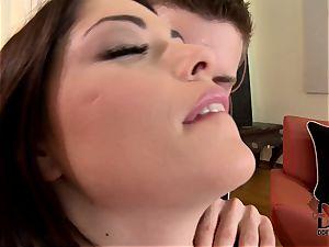 brunette unexpectedly drills her acquaintance