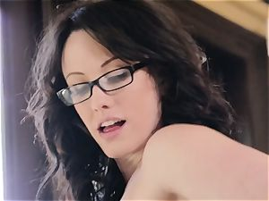 Jennifer white gets to join the activity with Elena Koshka