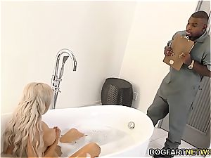 hotwife boyfriend sees Nina Elle poking bbc