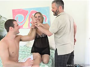 Mona Wales Turns Her hubby Into flawless cock sucker