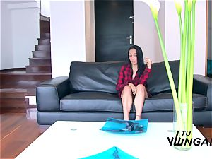 Tu Venganza - super hot Latina gets her big titties spunked