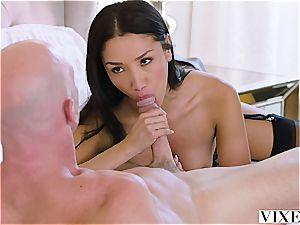 chinese secretary seducing her chief