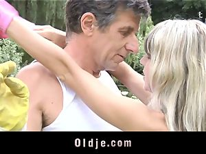 Gina Gerson gets rectal from an aged fellow
