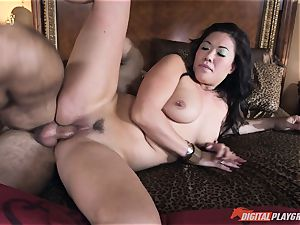 London Keyes ravaged in her juicy gash pudding by the anchor guy