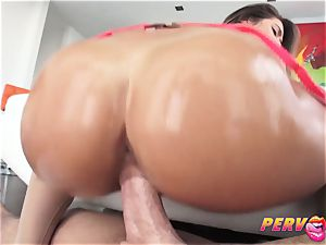 super-fucking-hot brunette Eva Lovia gets pummeled by Mike Adriano