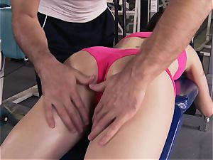 Gym honey Casey Calvert liking her workout