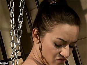 Kathia Nobili spank a fabulous stunner in the rump