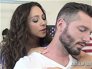 Ariella Ferrera pays the bills with her hot poke crevice