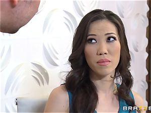 Kalina Ryu drilled hard