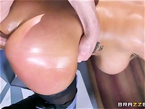 Free anal appeal with huge-chested Spanish senorita Bridgette B