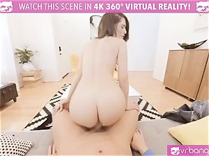 VR porn - JOSELINE KELLY MY SISTERS steaming pal bang