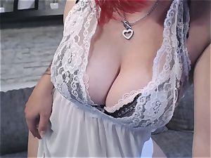 Heißer Striptease von Camgirl und amateurin Nina demon