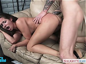 dark-haired babe in blue top Cassidy Klein gets fucked