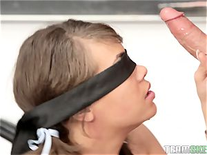 college girl Cassidy Banksbangs the lecturer