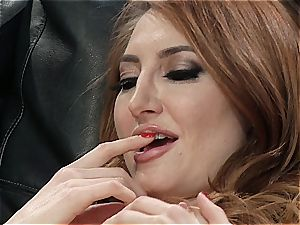 Kendra James the ginger vag gobbler pops by a pussylicious disaster