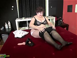 OldNanny awesome plus-size grandmother Hana playing with fucktoys