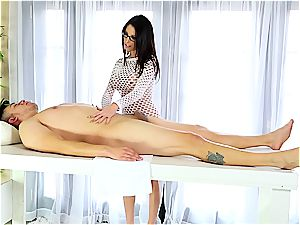 client gets milked by Dava