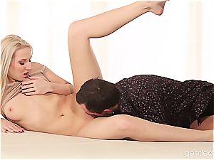sexy blondie wedged from behind