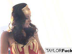Taylor Is Wonder lady