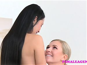 chick Agent mind-blowing asian model tongues and tastes fuckbox