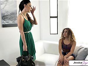 Jessica Jaymes and Liv Revamped bang a big jizz-shotgun