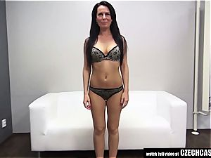 Czech cougar auditioning for porn