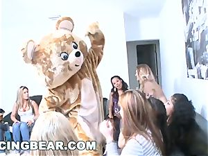 DANCINGBEAR - special Delivery for school ladies