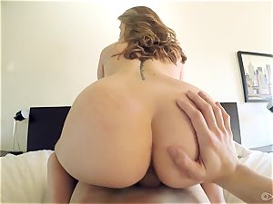 Scarlett Rose gets a indeed rude arousal