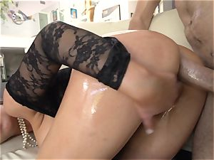 Abbey Brooks well-lubed up and analled