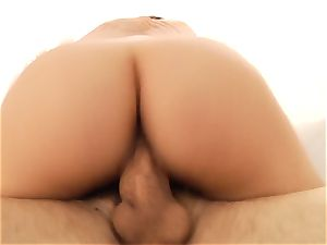 Valentina Nappi loves each inch in her twat