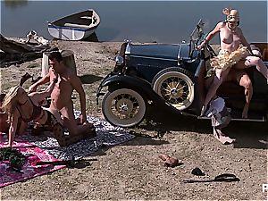 Bobbi's era-style orgy party