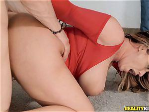 Eva Notty upside down deep-throating fuck-stick