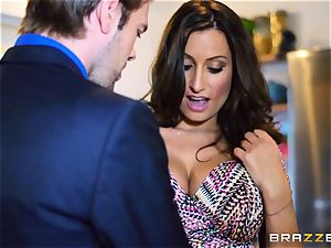 kinky wifey voluptuous Jane pulverizes her hubbies accomplice
