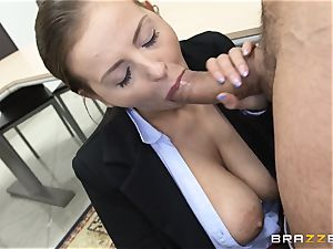 killer Candy Alexa screws a stud student