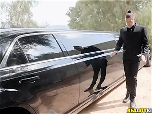 Jessa Rhodes ravaged in the limo