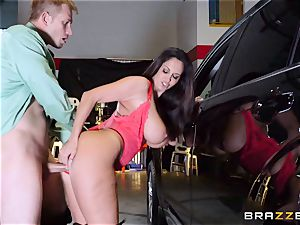 steaming cop Ava Addams takes advantage of a chance grasp